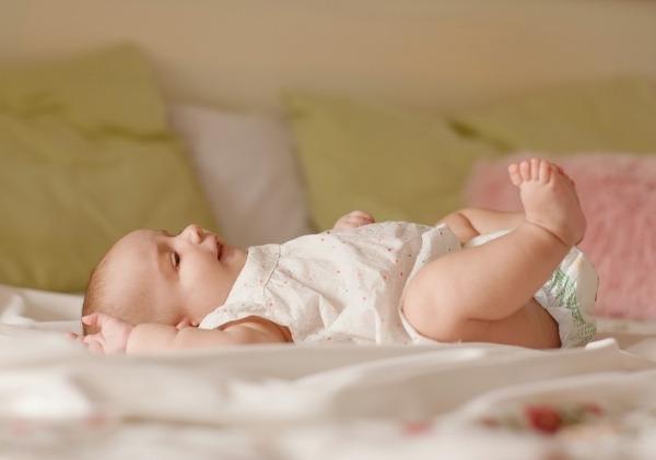 ให้ทารกได้นอนหงาย